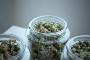Negozio cannabis  Cantù